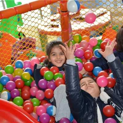 Soran Students Enjoy the Arcade