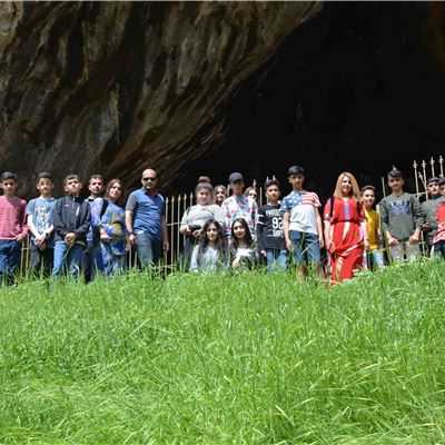 Soran Students take a Trip to Shanidar Cave