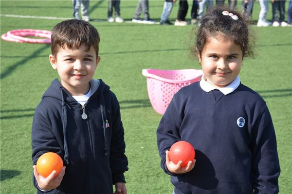 SORAN IS KG1 STUDENTS ENJOY A FUN DAY AT THE SCHOOL STADIUM